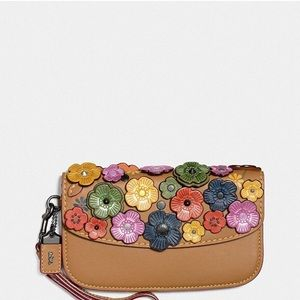 NWT- Clutch with Tea Rose